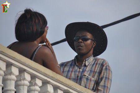 Une femme m'habite ca m'amuse de Toussaint Guénou