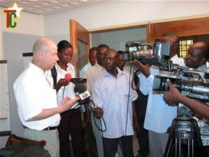Sous l'égide de l'Ambassade de France au Togo, une formation à l'écriture de scénarios de fiction a démarré le lundi 6 avril 09