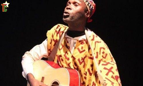 « Vidé vidé »,  Eustache Bawokabati Kamouna tresse sa musique