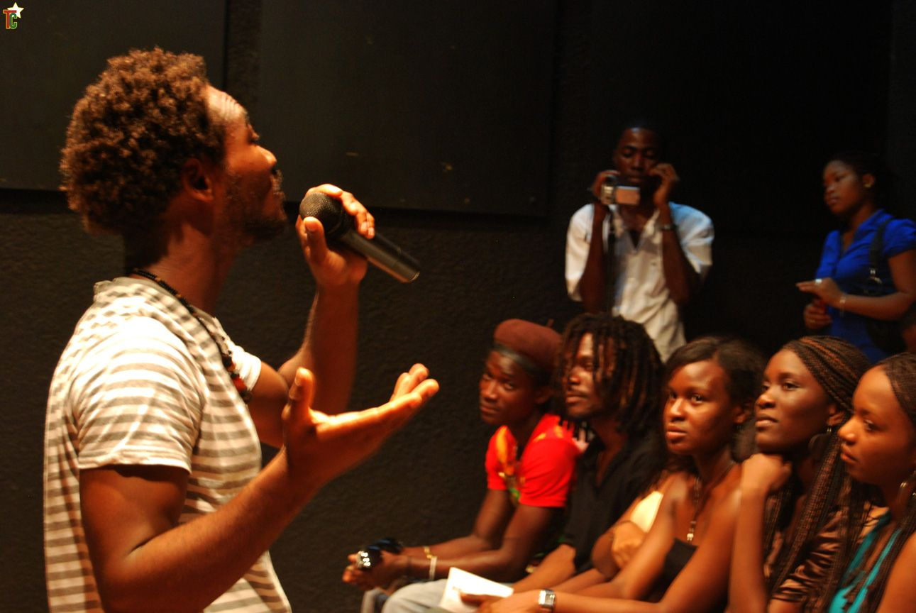 Slam : la « Lyre des mots » en rentrée poétique au CCF de Lomé