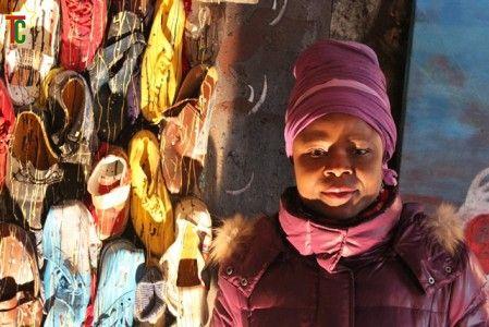 Khuma Muzu en « arts- mots- nids » avec elle-même