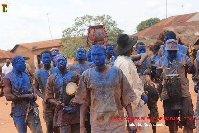 Les Asafos ou les Hommes bleus de l'Avé