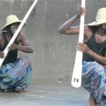 danse des piroguiers de la Cie Rijdam ¨hoto: Gaëtan Noussouglo