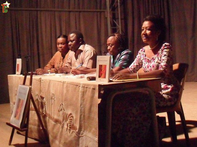 Nouvelles: Faits divers et d'espoir  de Rita Amendah