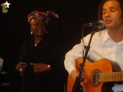 Vanessa Worou et Emmanuel Loubière sur scène Photo: Gaëtan Noussouglo