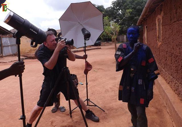Le photographe Charles Fréger au Togo pour immortaliser les traditions togolaises