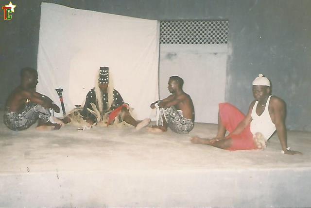 Kpoli – Chobun du Coréen O'Tae Sôk par l'Atelier Théâtre de Lomé