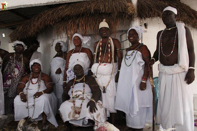 Les noms de naissances chez les peuples guins – Attributions faites suivant les naissances au sein des différents clans.