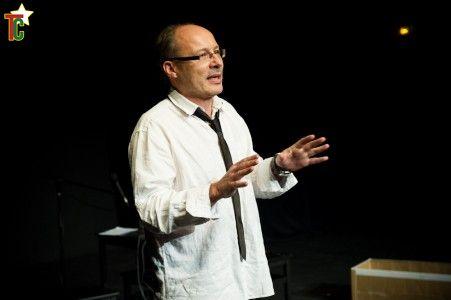 Pierre Vincent, Directeur artistique de la Compagnie Issue de Secours