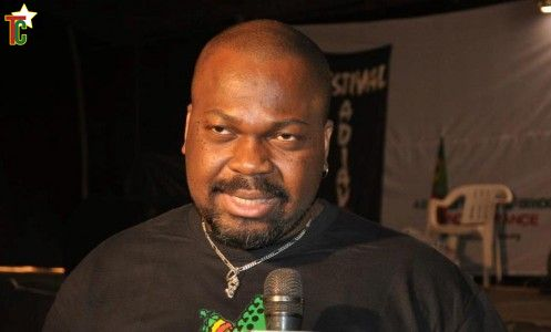 Togo : Euloge Ezoba Adjéï et son Festival AdiAvou à Hihéatro