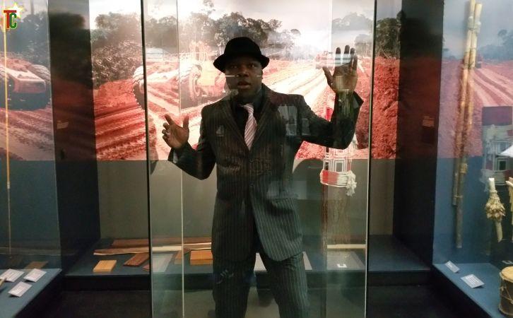 Performance théâtrale au Grassi Museum de Leipzig en Allemagne : « Fremd/ Etranger »