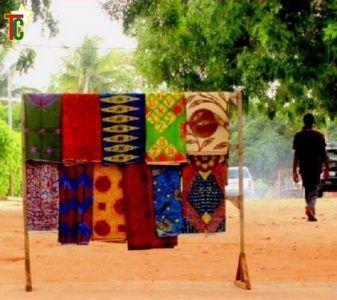 Si tu sors je sors  de Gustave Akakpo et Marc Agbedjidji en tournée ouest-africaine